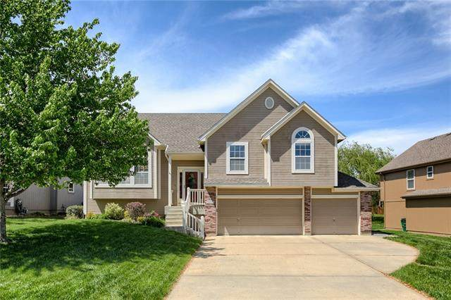 2328 SW River Spring Road, Lee's Summit, MO 64082 (#2319975) :: Ron Henderson & Associates