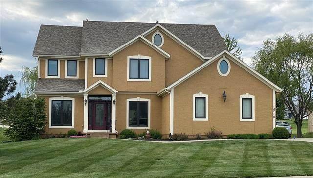 12718 Sloan Avenue, Kansas City, KS 66109 (#2319984) :: Dani Beyer Real Estate