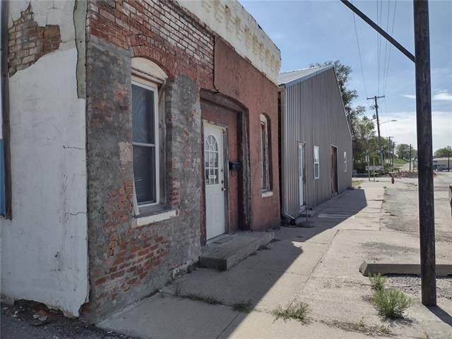 406 State Street Street, Mound City, MO 64470 (#2319991) :: Edie Waters Network