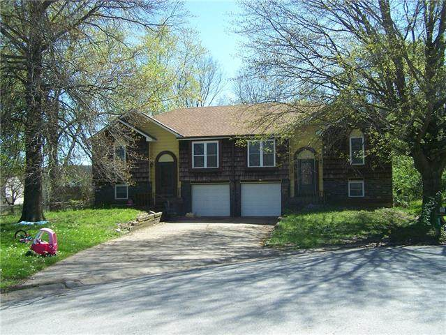 5910-5912 NW Creekview Drive, Other, MO 64152 (#2320002) :: Team Real Estate