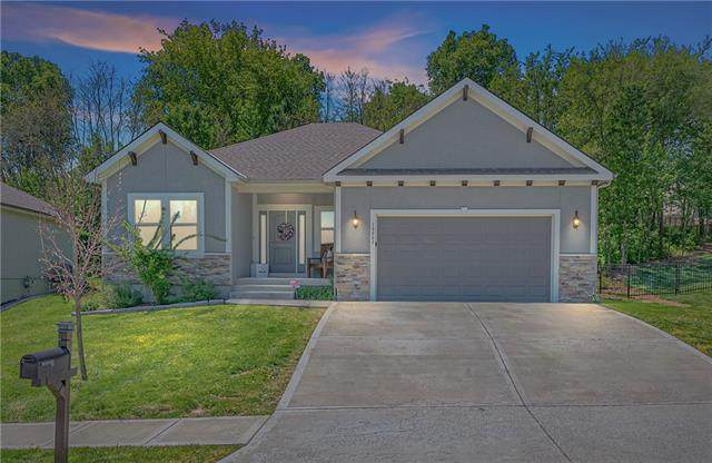 19557 E 14th North Street, Independence, MO 64056 (#2320017) :: Eric Craig Real Estate Team