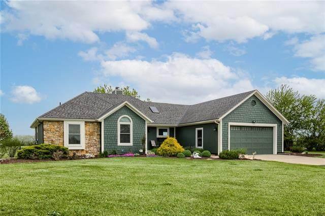 21175 Moonlight Road, Gardner, KS 66030 (MLS #2320025) :: Stone & Story Real Estate Group