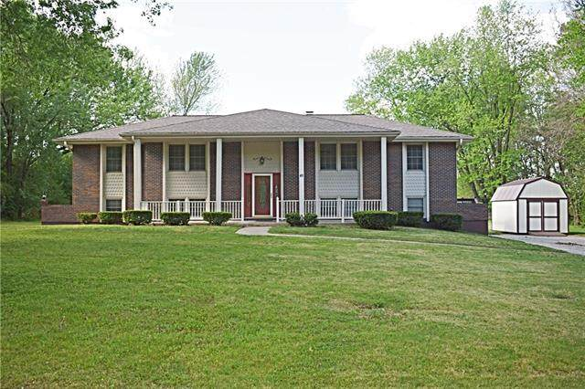 41 NE 360 Road, Warrensburg, MO 64093 (#2320065) :: The Shannon Lyon Group - ReeceNichols