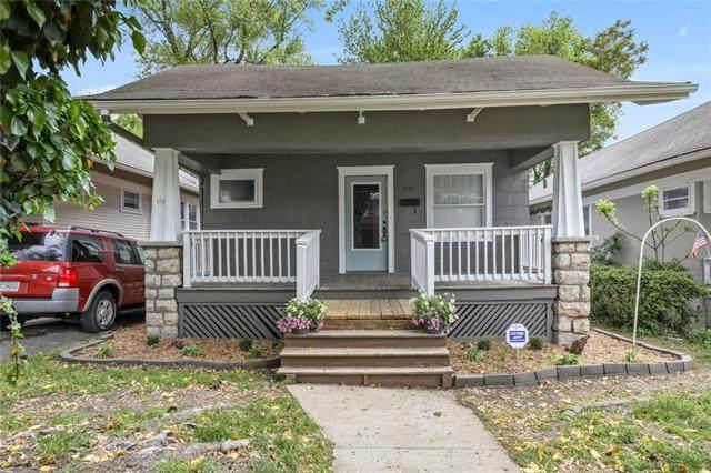 4133 Roanoke Road, Kansas City, MO 64111 (#2320102) :: The Kedish Group at Keller Williams Realty