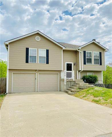 16418 E 3rd Terrace Court, Independence, MO 64056 (#2320106) :: Team Real Estate