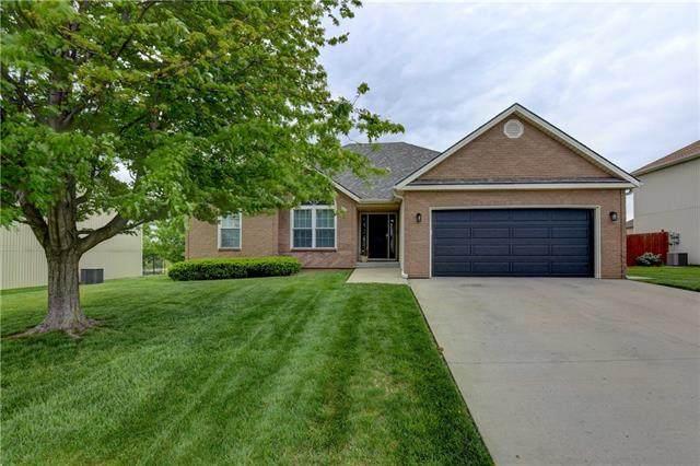 8418 N Arcola Avenue, Kansas City, MO 64153 (#2320168) :: Tradition Home Group | Better Homes and Gardens Kansas City