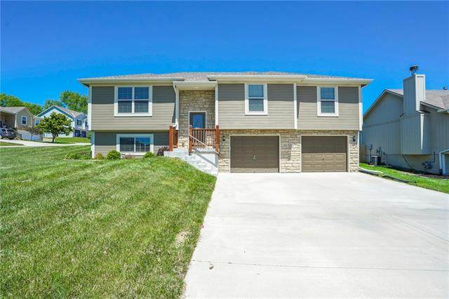 1212 NW Baytree Drive, Grain Valley, MO 64029 (#2320209) :: Team Real Estate