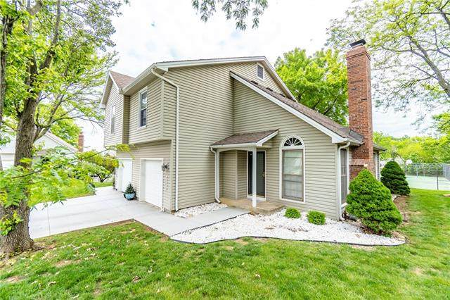 8506 W 109th Terrace, Overland Park, KS 66210 (MLS #2320247) :: Stone & Story Real Estate Group