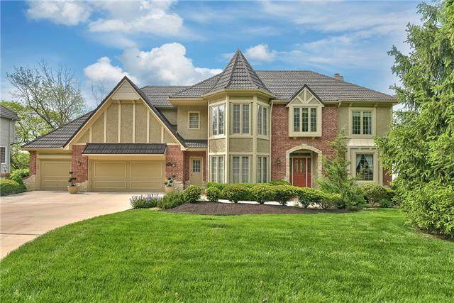 12660 Sherwood Drive, Leawood, KS 66209 (#2320356) :: The Kedish Group at Keller Williams Realty