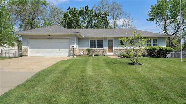 1430 Alta Lane, Olathe, KS 66061 (#2320362) :: Team Real Estate