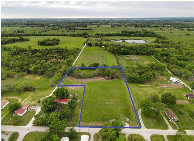 S 8th Street, Deepwater, MO 64740 (#2320406) :: Team Real Estate