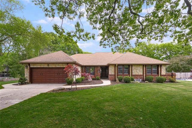 9315 Buena Vista Street, Prairie Village, KS 66207 (#2320418) :: Team Real Estate