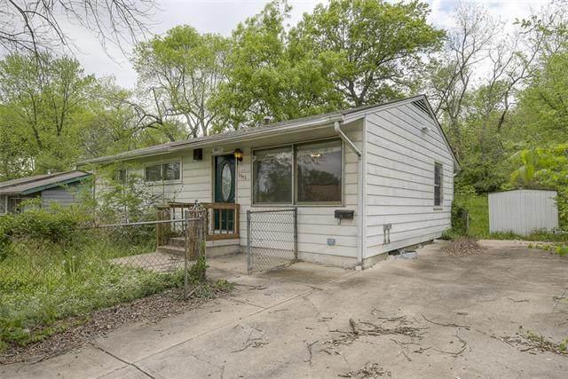 3942 Lawn Avenue, Kansas City, MO 64130 (#2320435) :: Team Real Estate