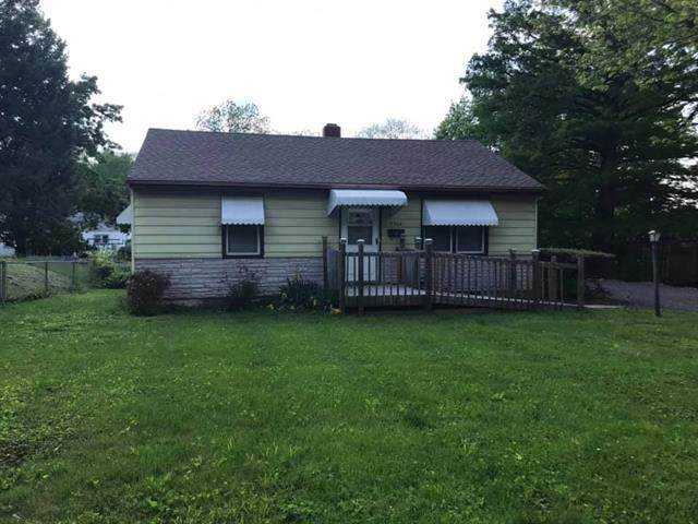 5304 Ralston Avenue, Raytown, MO 64133 (#2320486) :: Ron Henderson & Associates