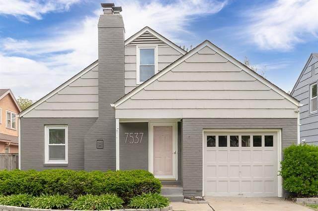 7537 Walnut Street, Kansas City, MO 64114 (#2320540) :: Eric Craig Real Estate Team