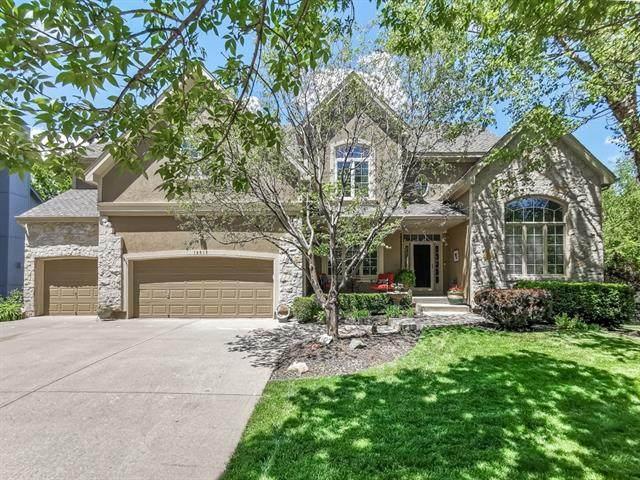 14612 Wedd Street, Overland Park, KS 66221 (#2320545) :: Tradition Home Group   Better Homes and Gardens Kansas City