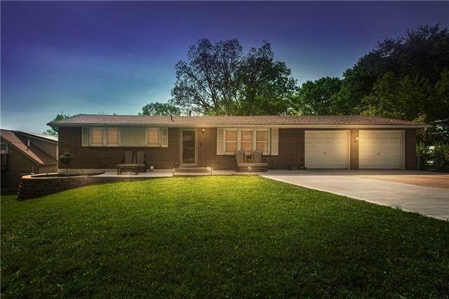 5017 NW Martin Drive, Kansas City, MO 64151 (#2320558) :: Tradition Home Group | Better Homes and Gardens Kansas City