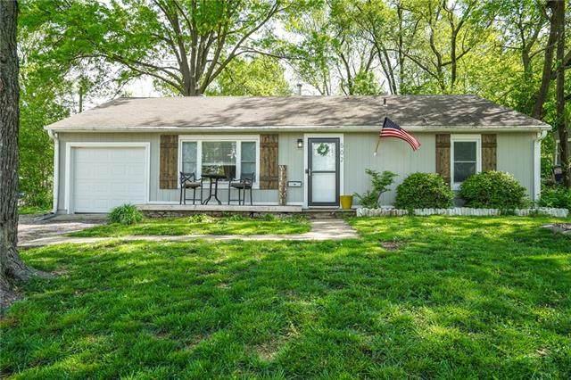 502 NE 66th Terrace, Gladstone, MO 64118 (#2320563) :: Team Real Estate