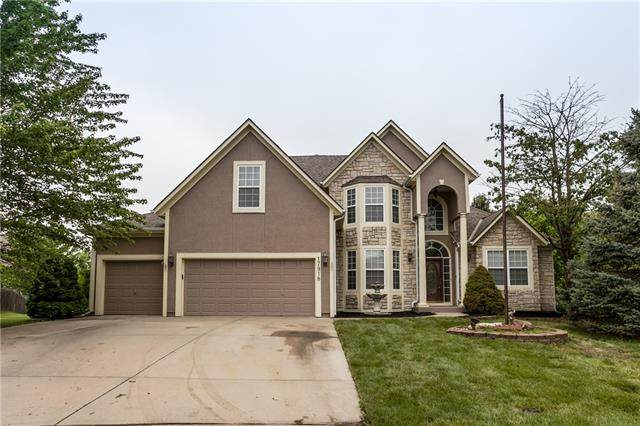 17918 158th Terrace, Olathe, KS 66062 (#2320621) :: ReeceNichols Realtors