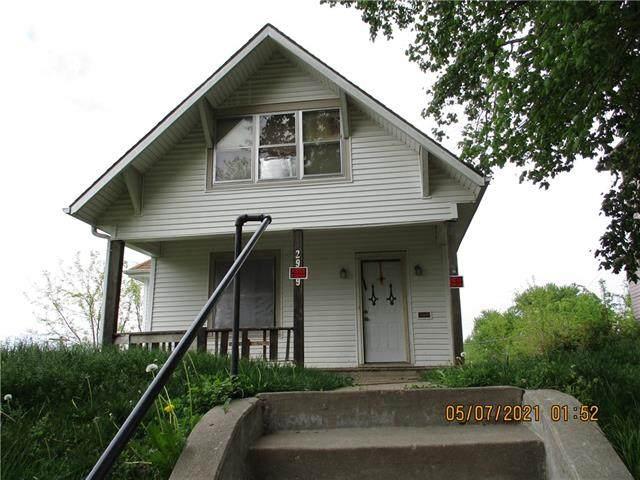 2909 Charles Street, St Joseph, MO 64501 (#2320673) :: Edie Waters Network