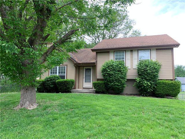 2105 NW 8th Street, Blue Springs, MO 64015 (#2320701) :: Ask Cathy Marketing Group, LLC