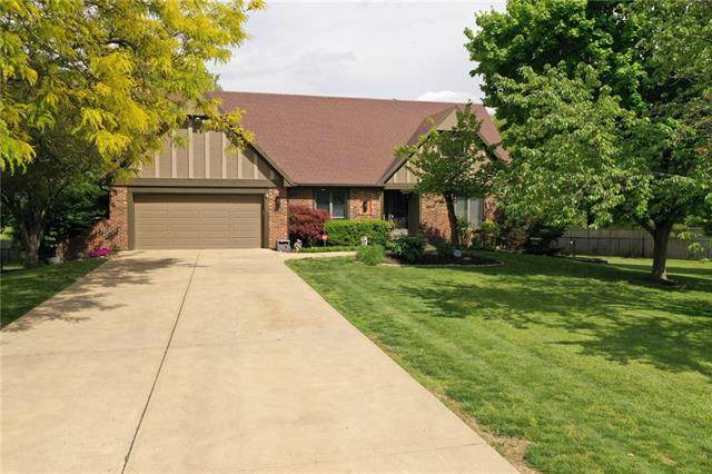 7755 Allman Road, Lenexa, KS 66217 (#2320708) :: Team Real Estate