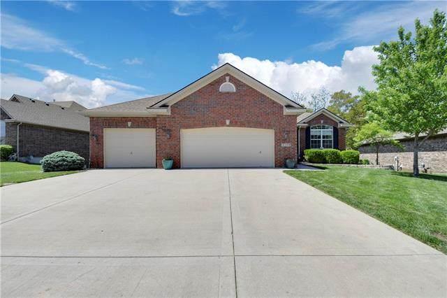 3200 N 109th Place, Kansas City, KS 66109 (#2320778) :: Team Real Estate