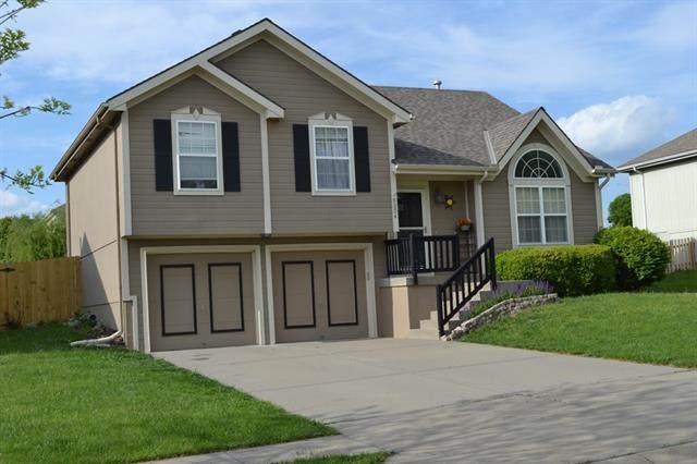 9204 NE 116th Terrace, Kansas City, MO 64157 (#2320803) :: The Shannon Lyon Group - ReeceNichols