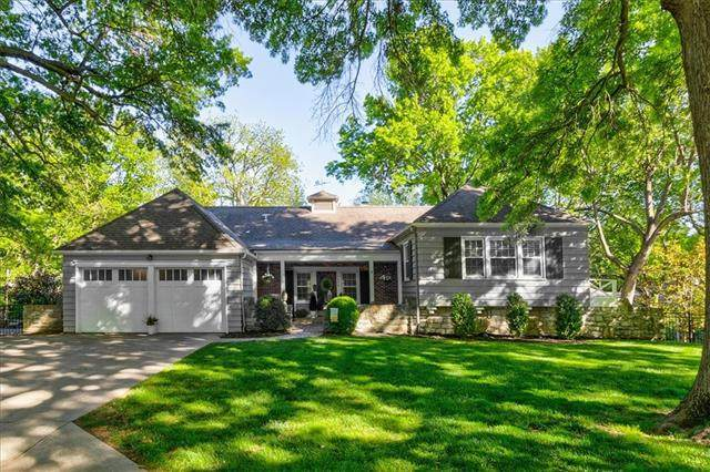 7959 Manor Road, Leawood, KS 66206 (#2320812) :: Team Real Estate