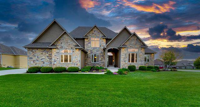 4300 SE Trotter Drive, Lee's Summit, MO 64082 (#2320813) :: Team Real Estate