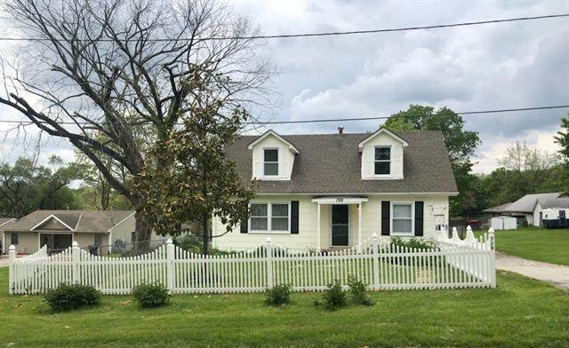 728 N 3rd Street, Independence, MO 64050 (#2320850) :: Team Real Estate