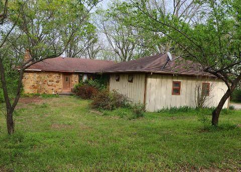 3964 County Road, Independence, KS 67301 (#2320881) :: Edie Waters Network