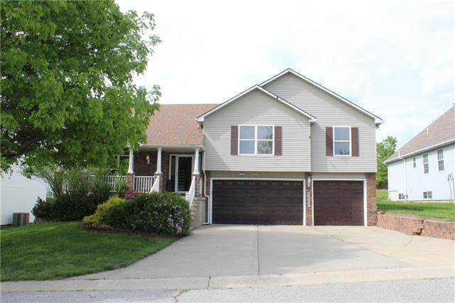 18808 E 24th Street, Independence, MO 64057 (#2320886) :: Team Real Estate