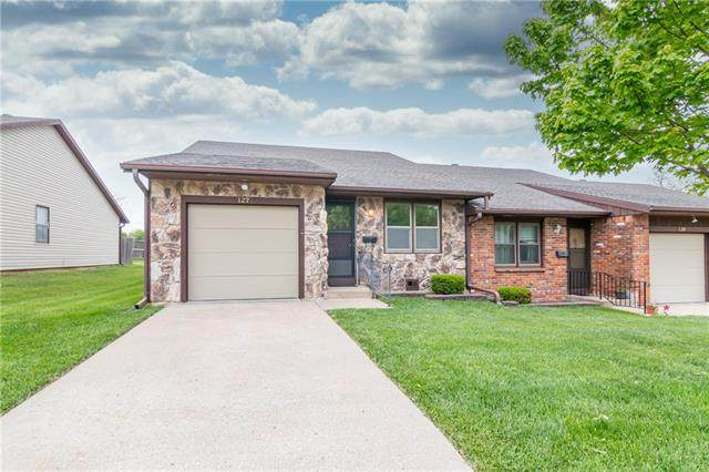 127 S Ryans Way, St Joseph, MO 64506 (#2320913) :: The Shannon Lyon Group - ReeceNichols