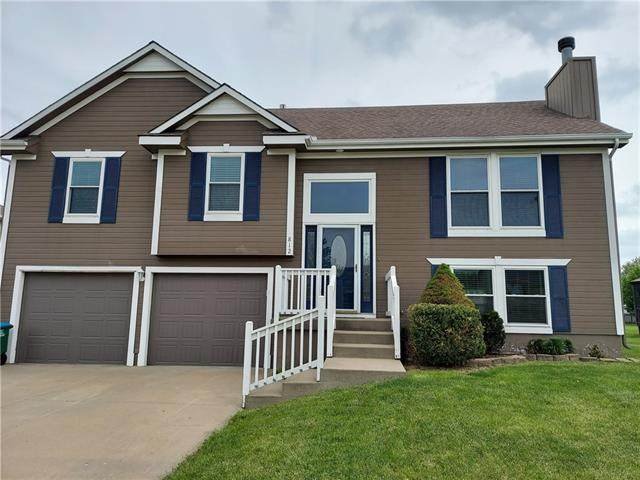 812 Cindy Lane, Raymore, MO 64083 (#2320919) :: Ask Cathy Marketing Group, LLC