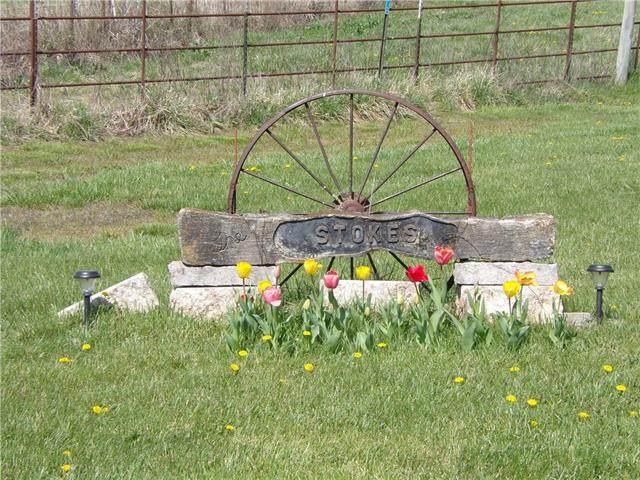 14502 E 1050 Road, Mound City, KS 66056 (#2320940) :: Ron Henderson & Associates