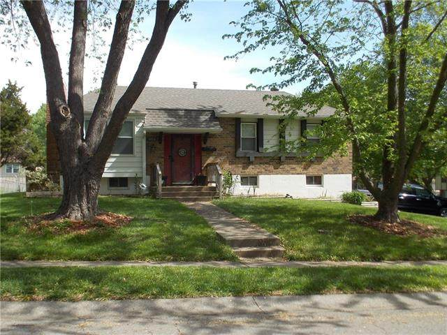 19910 E 14th Street, Independence, MO 64056 (#2320975) :: Team Real Estate