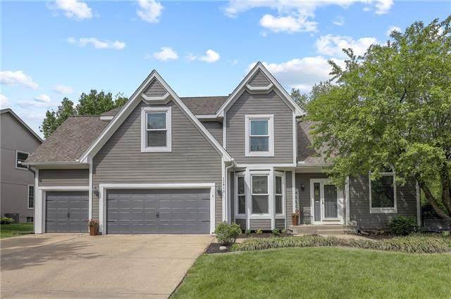 13810 S Blackfoot Drive, Olathe, KS 66062 (#2321003) :: Team Real Estate