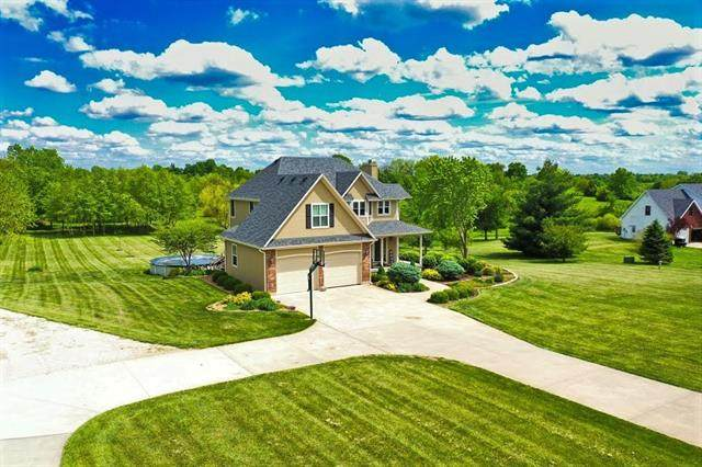 2 SW 260th Road, Warrensburg, MO 64093 (MLS #2321022) :: Stone & Story Real Estate Group