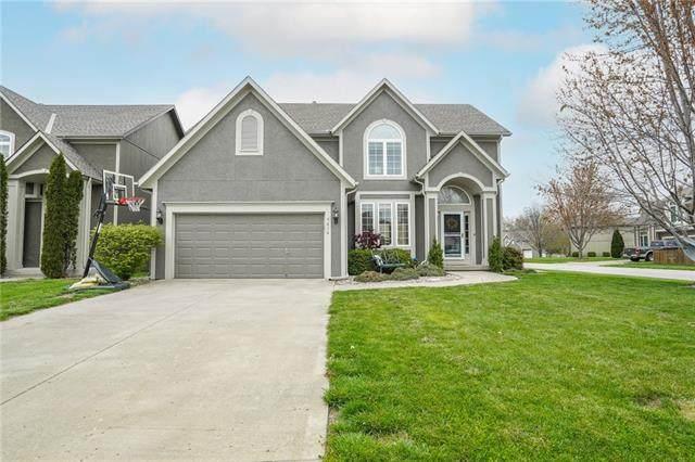 5616 NE Hidden Meadow Circle, Lee's Summit, MO 64064 (#2321027) :: Team Real Estate