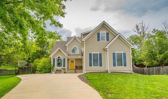 8639 N Dawn Avenue, Kansas City, MO 64154 (#2321033) :: Tradition Home Group | Better Homes and Gardens Kansas City