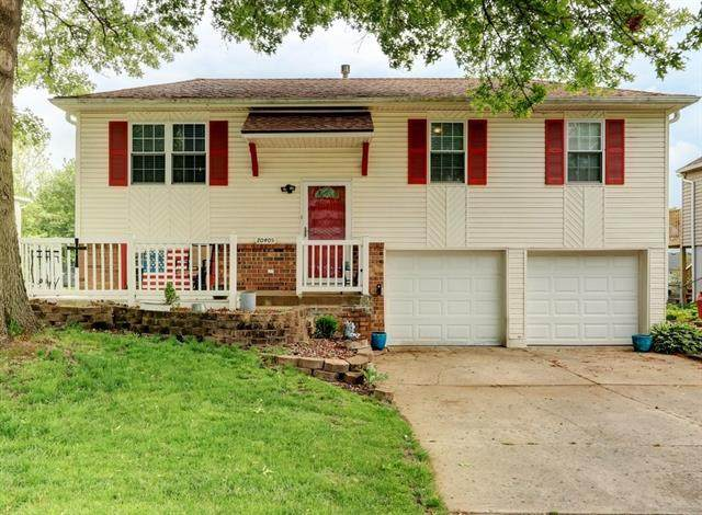20405 E 17th Terrace, Independence, MO 64056 (MLS #2321062) :: Stone & Story Real Estate Group