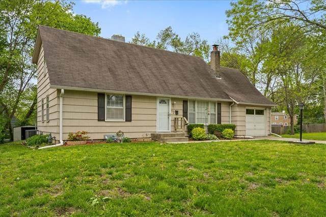 6301 E 136th Street, Grandview, MO 64030 (#2321078) :: Eric Craig Real Estate Team