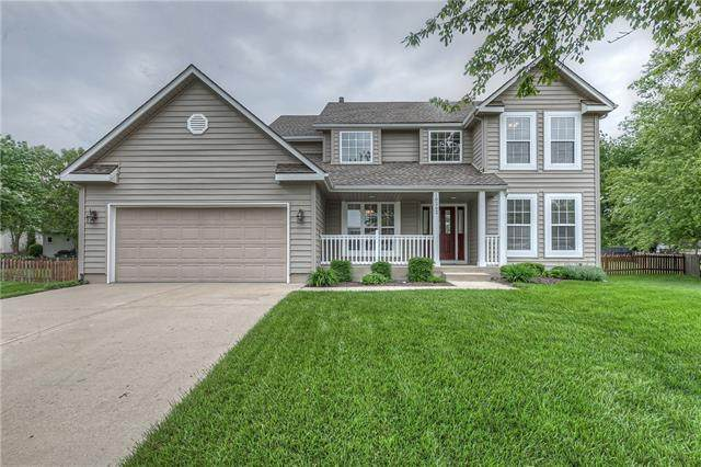 18262 W 157th Terrace, Olathe, KS 66062 (#2321088) :: Team Real Estate