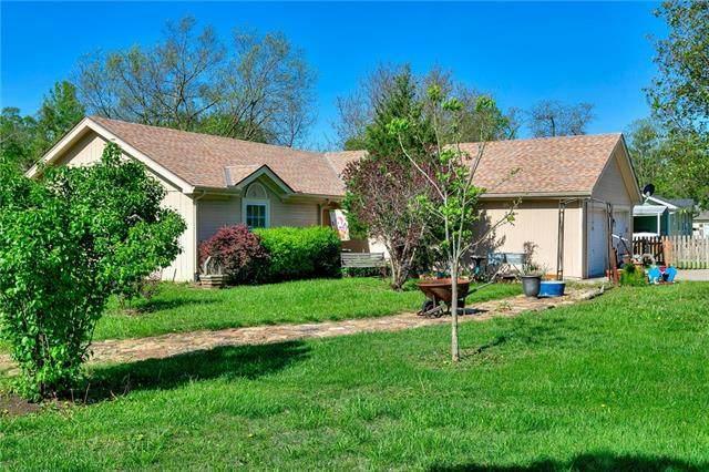 5419 NE 62nd Street, Kansas City, MO 64119 (#2321131) :: Eric Craig Real Estate Team