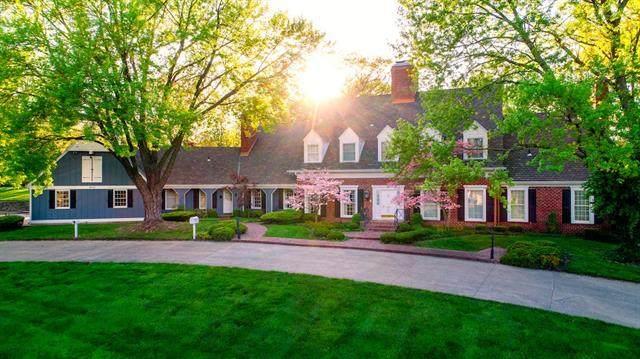 800 N Leonard Road, St Joseph, MO 64506 (#2321171) :: Eric Craig Real Estate Team