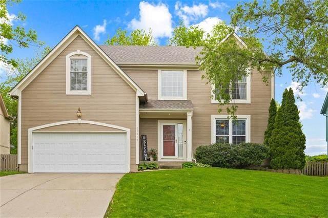 13615 W 129th Street, Olathe, KS 66062 (#2321232) :: Team Real Estate