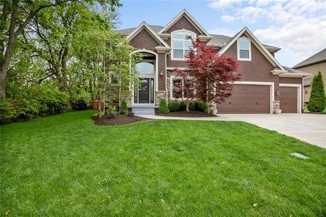 3213 SE 3rd Street, Lee's Summit, MO 64063 (#2321242) :: Team Real Estate