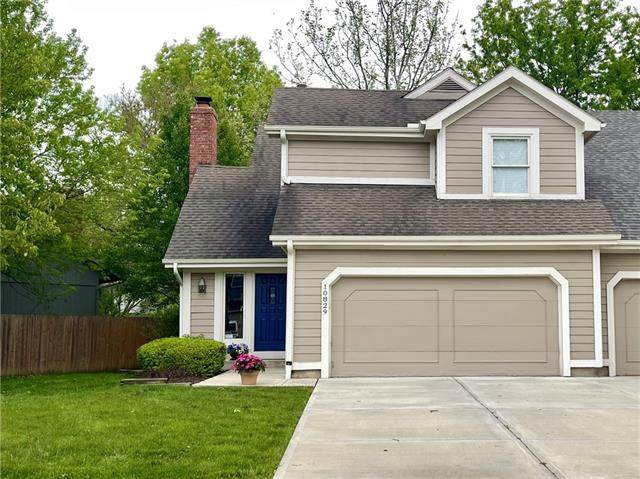 10829 W 115th Place, Overland Park, KS 66210 (#2321244) :: Ron Henderson & Associates