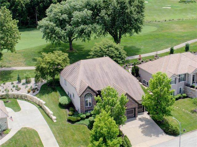 6610 Royal Court, Parkville, MO 64152 (#2321283) :: The Rucker Group
